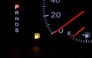 車,ガソリンランプ,ついてからどれくらい,距離